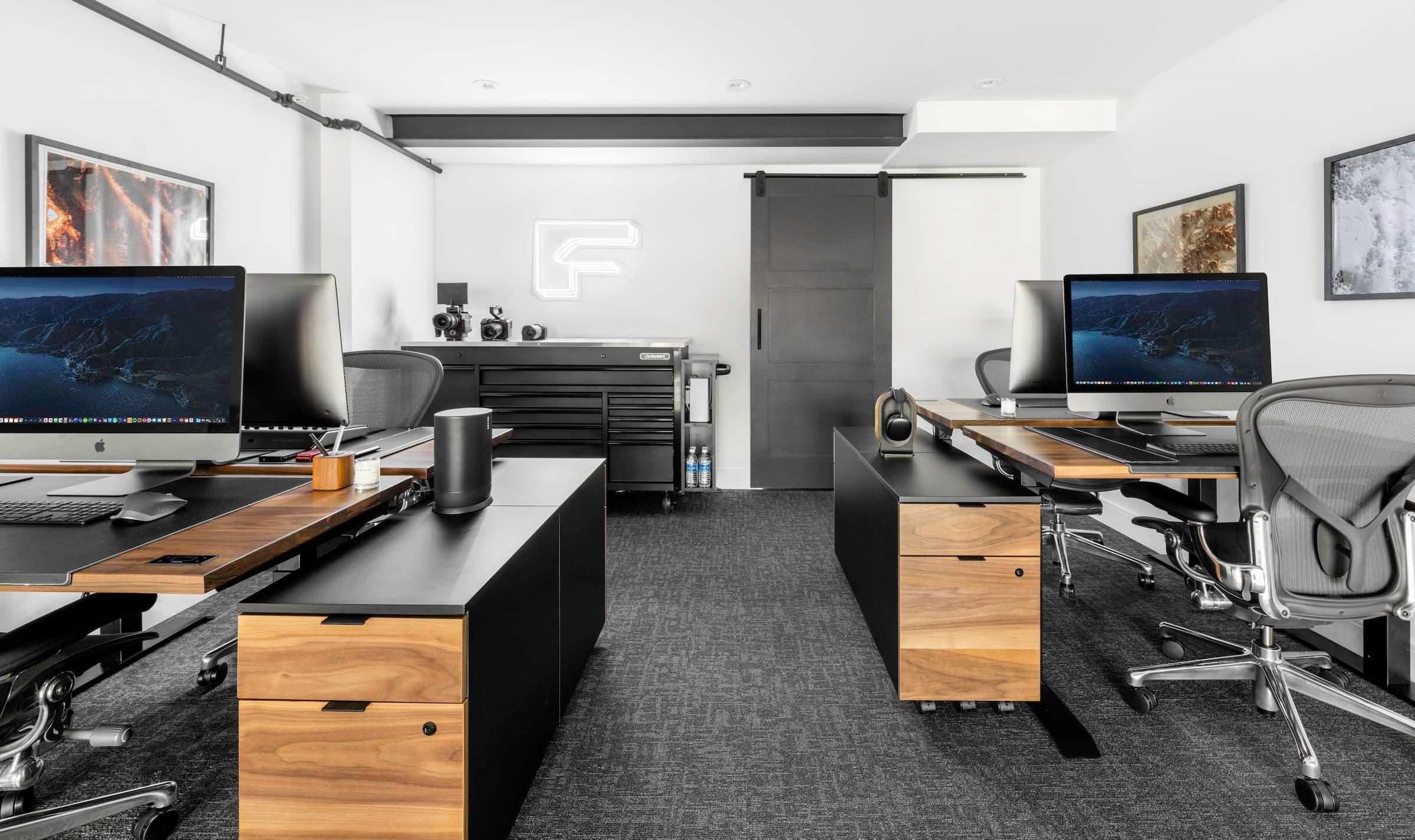 Feature Media Office