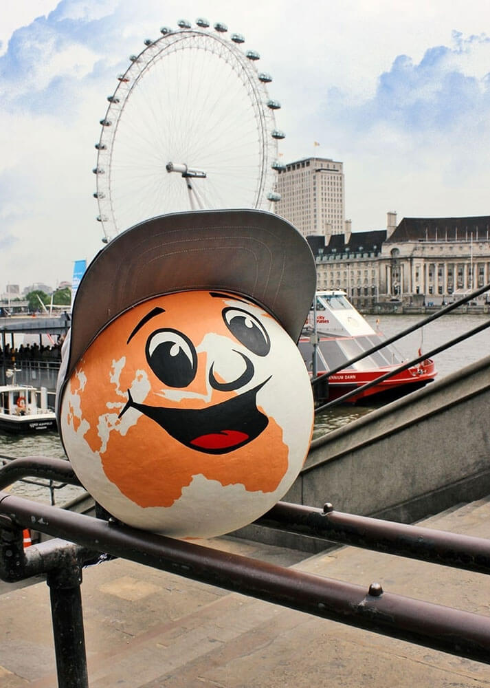 Lustige Postcon Maskottchen in London