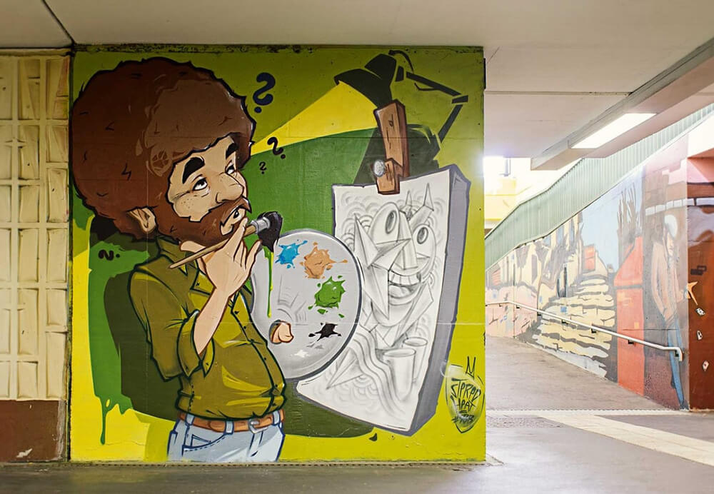 S-Bahn Berlin Mehrower Allee Graffiti-Art mit Bob Ross