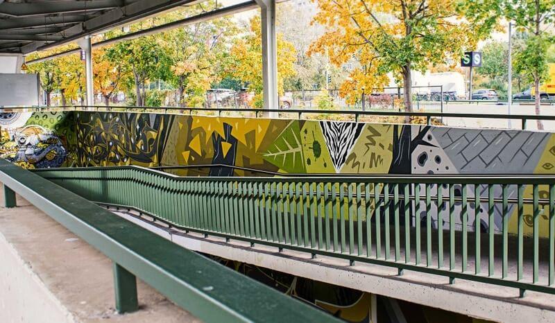 S-Bahn Berlin Mehrower Allee Graffiti-Art an Aufgang