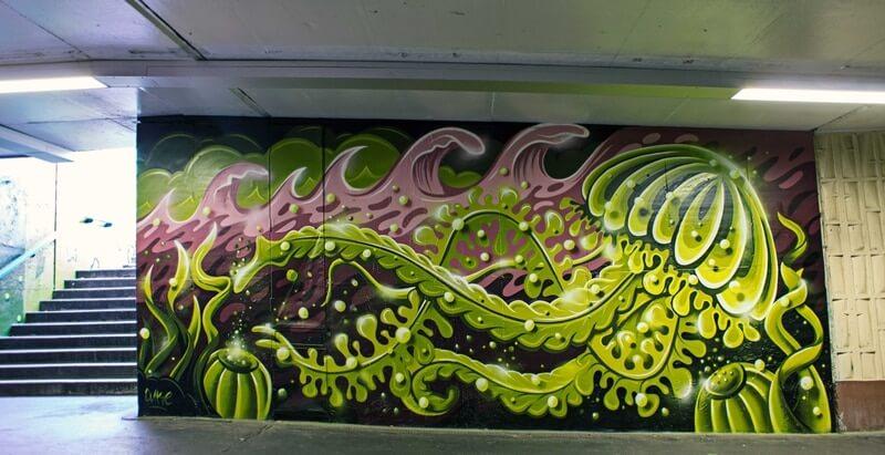S-Bahn Berlin Raoul-Wallenberg-Straße Graffiti-Art mit Qualle