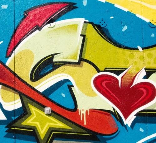 Graffiti Kunst am Sportplatzhaus