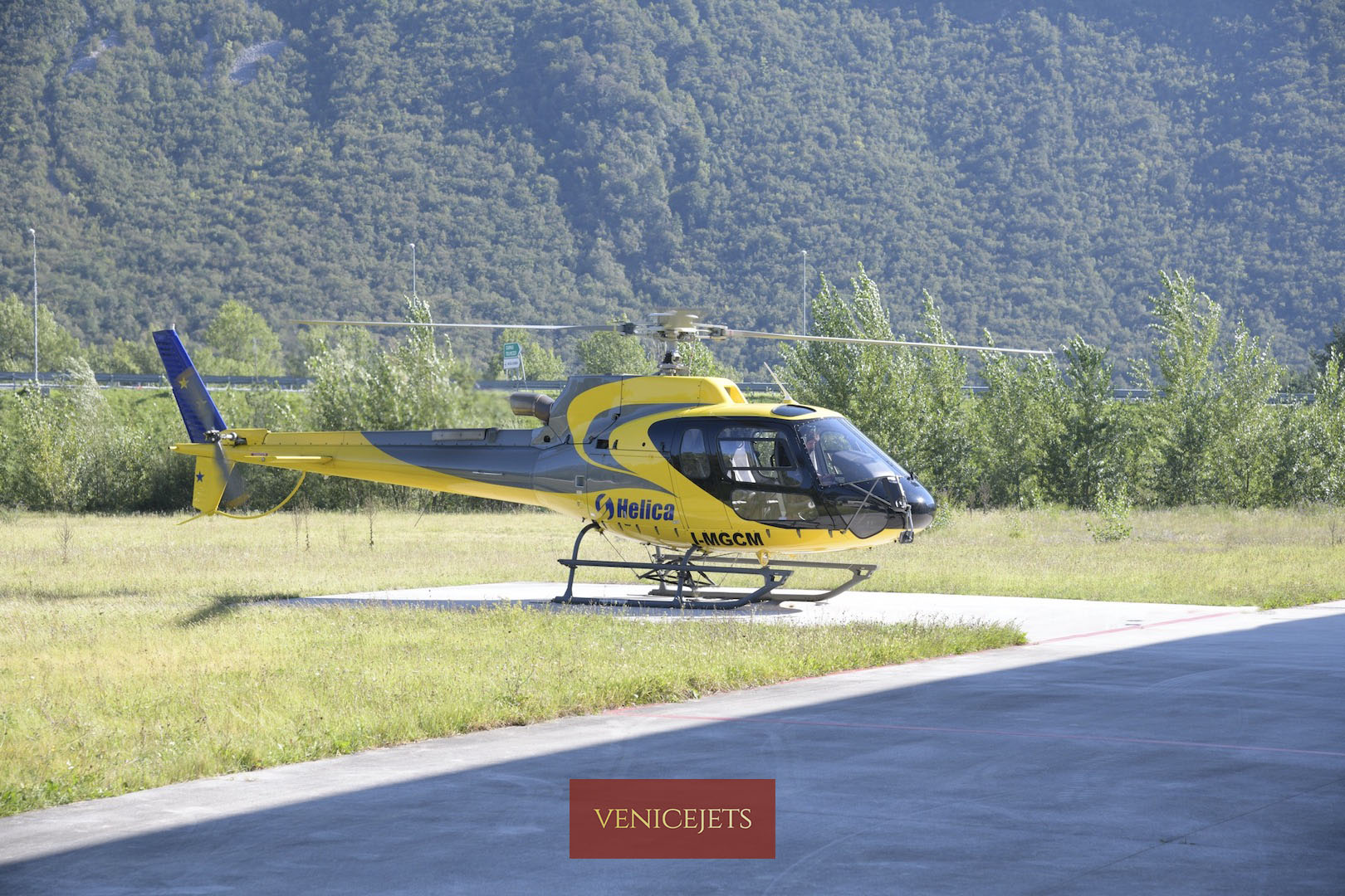 Helicopter transfer Dolomites Cortina D Ampezzo