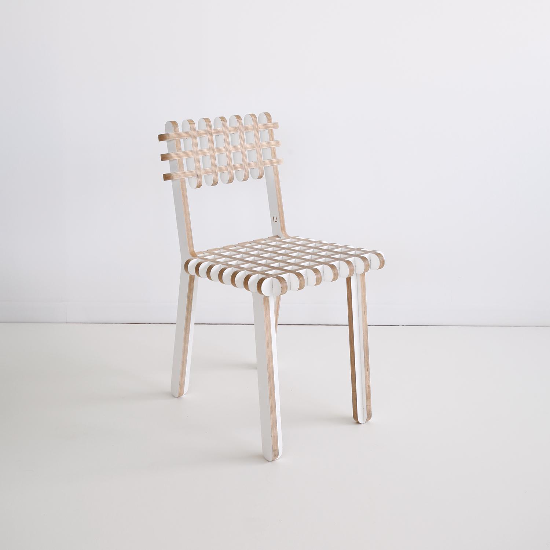 ublik-chaise-bois-gofr-chair