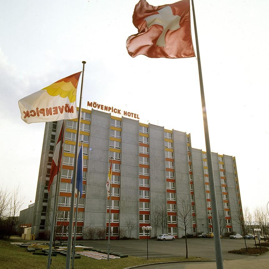 Opening eerste Mövenpick hotel