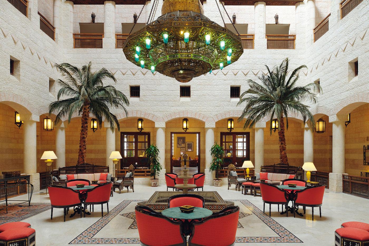 Opening eerste hotel Midden-Oosten