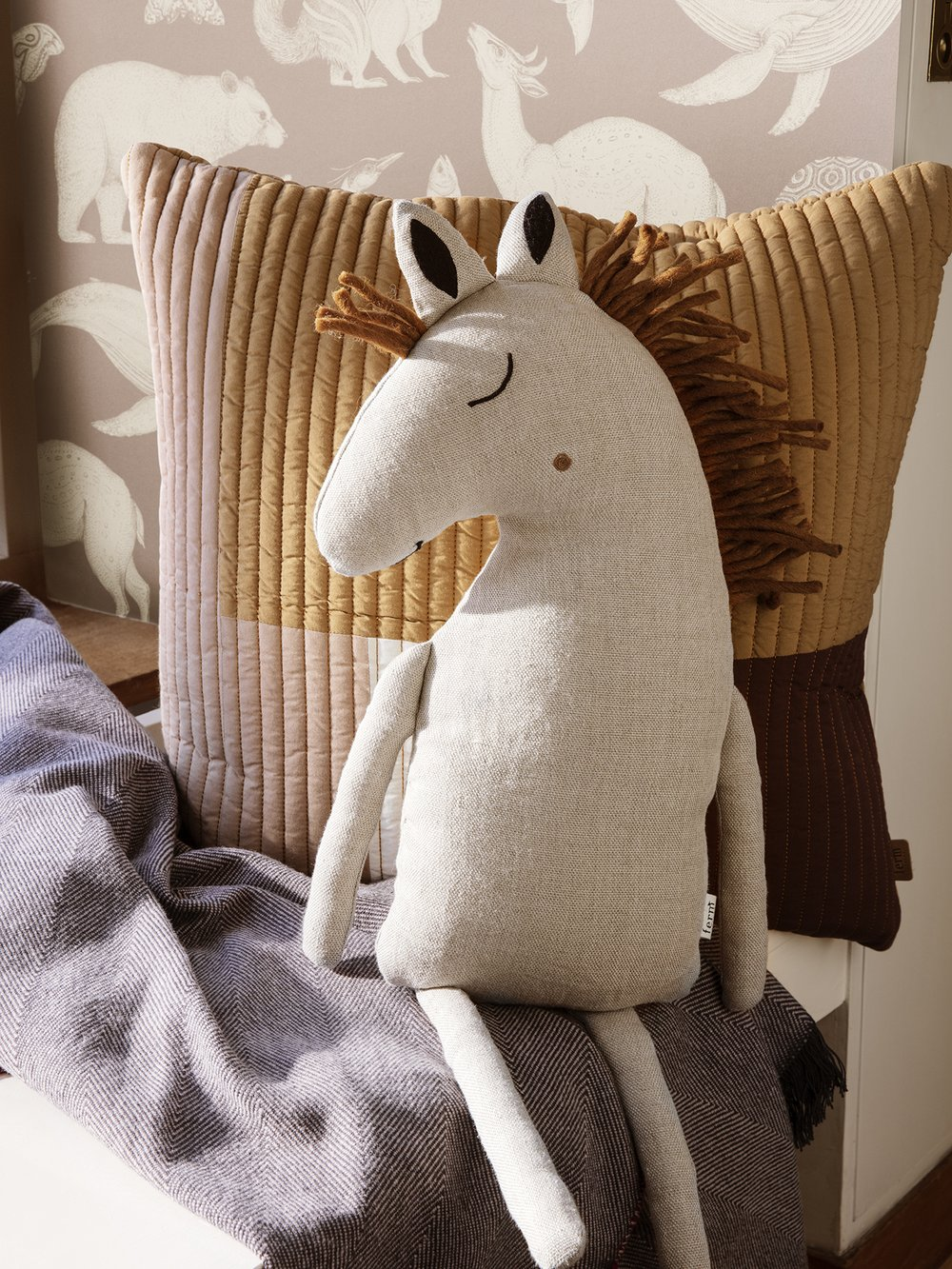 Safari Cushion - Horse Natural