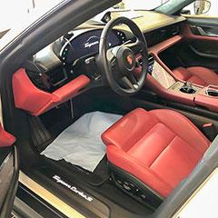 Porschen sisäpuhdistus