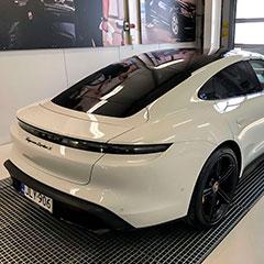 Porsche valmiina luovutukseen