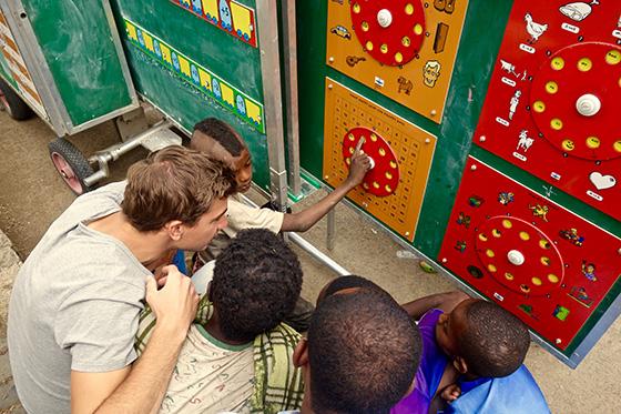 Sander Degeling Gondar Mobile School