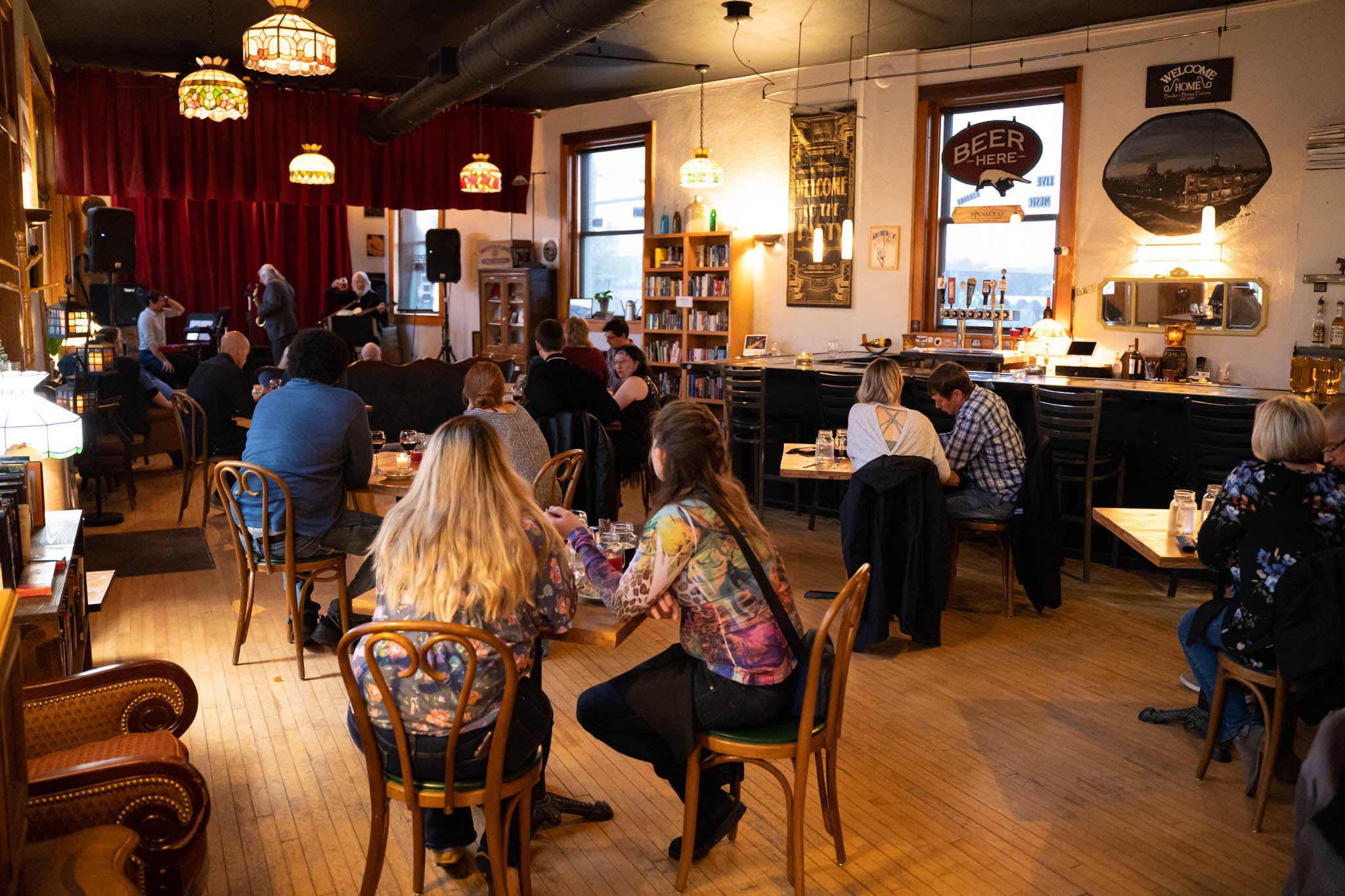 Customers in the restaurant&  bar downtown sioux falls