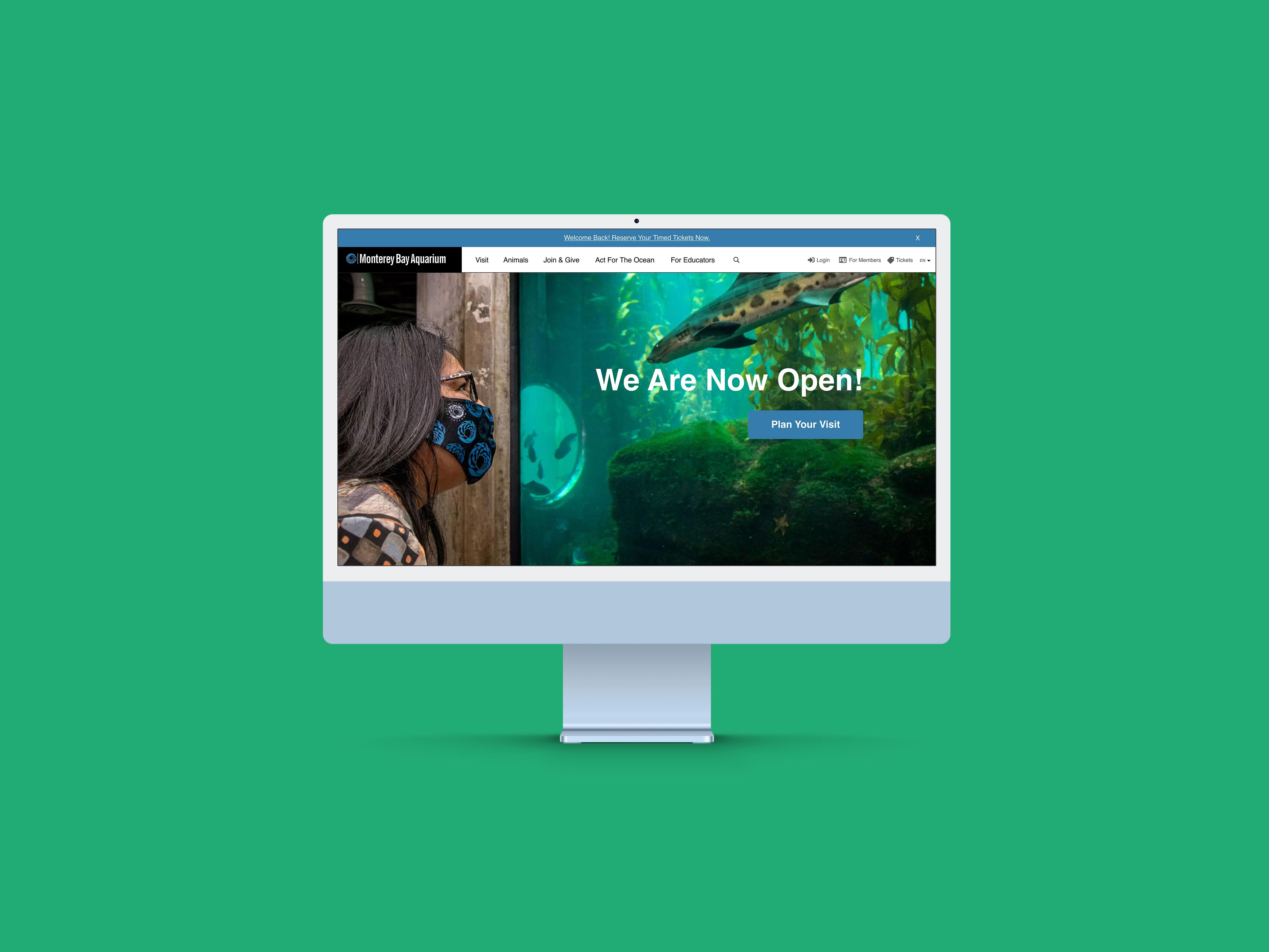 Desktop screen displaying the homepage for Monterey Bay Aquarium