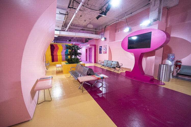 rose mansion-pop-up-design-airline-lobby