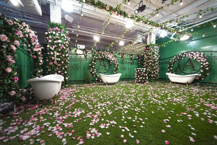 rose mansion-pop-up-design-rose garden