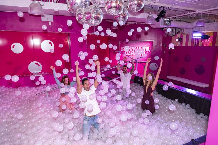 rose mansion-pop-up-design-ball pit