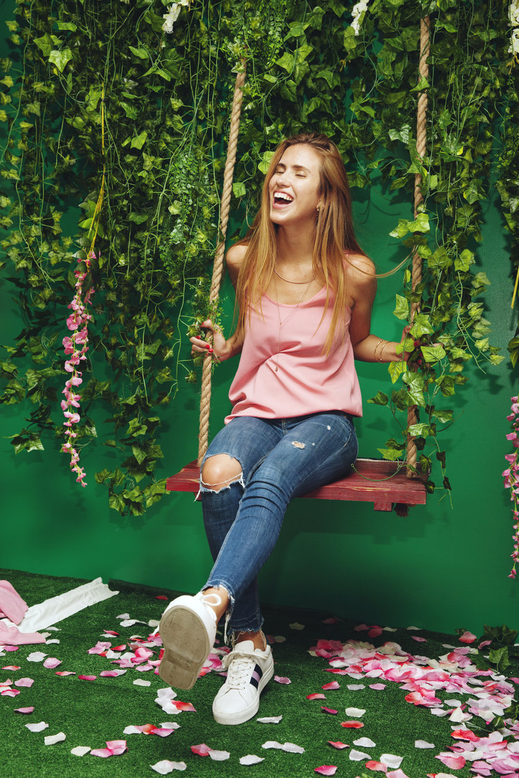 rose mansion - pop up - rose garden swing