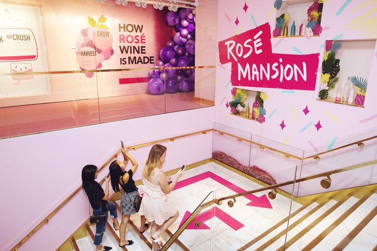 rose mansion - pop up - mural