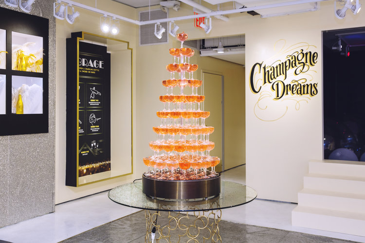 rose mansion - pop up - champagne room