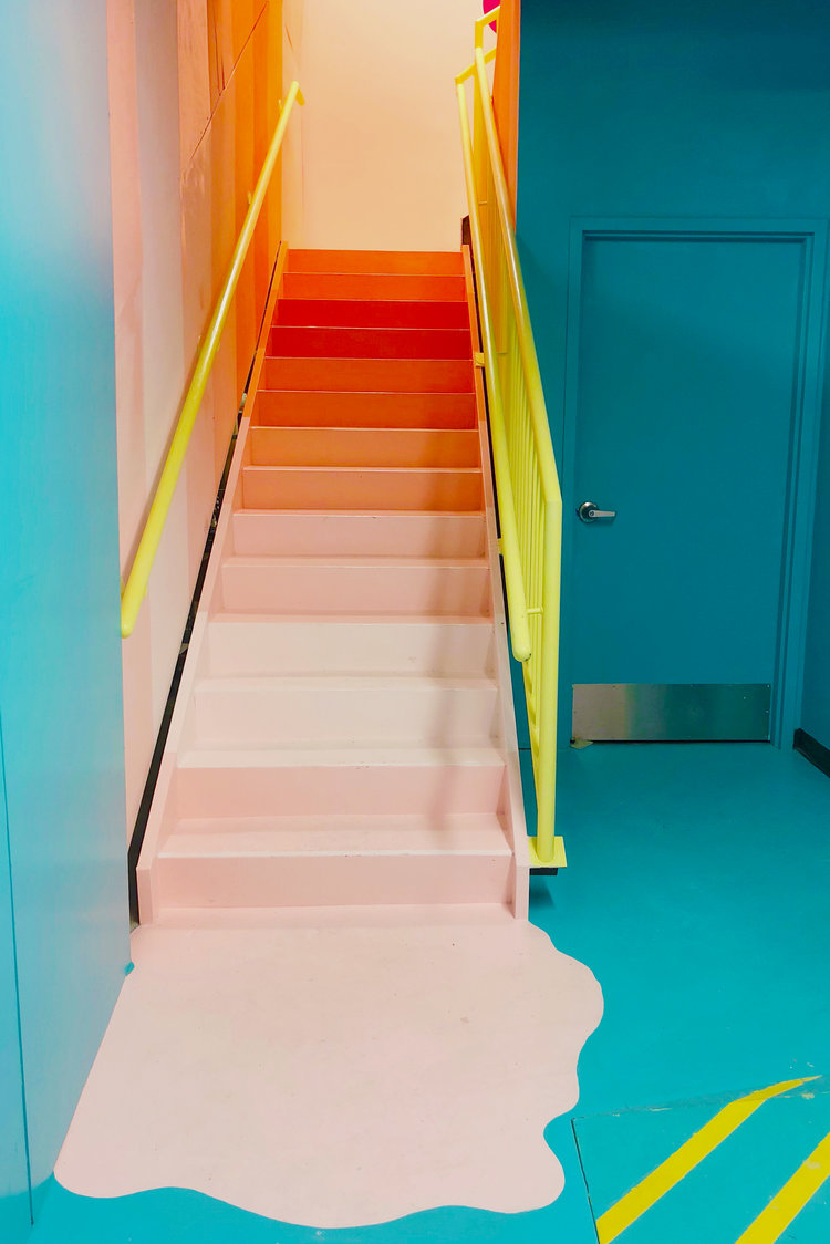 rose mansion - pop up - ombre stairs