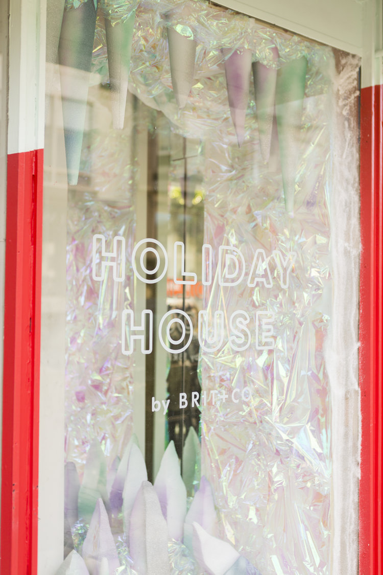 Brit + Co - holiday house - icicle window