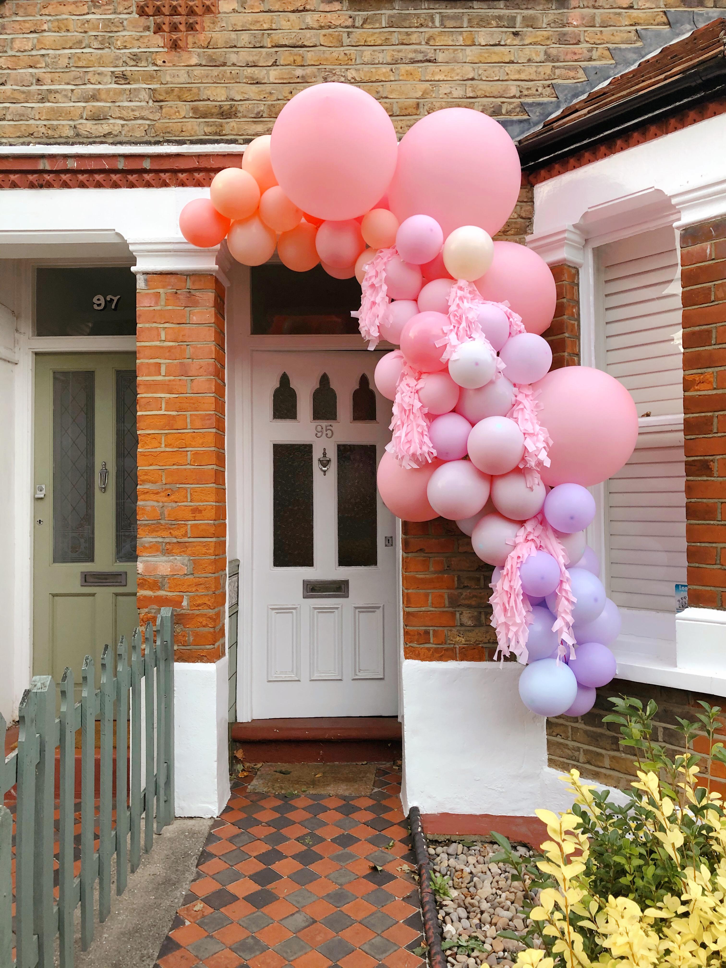 balloon garland, colorful, art installation