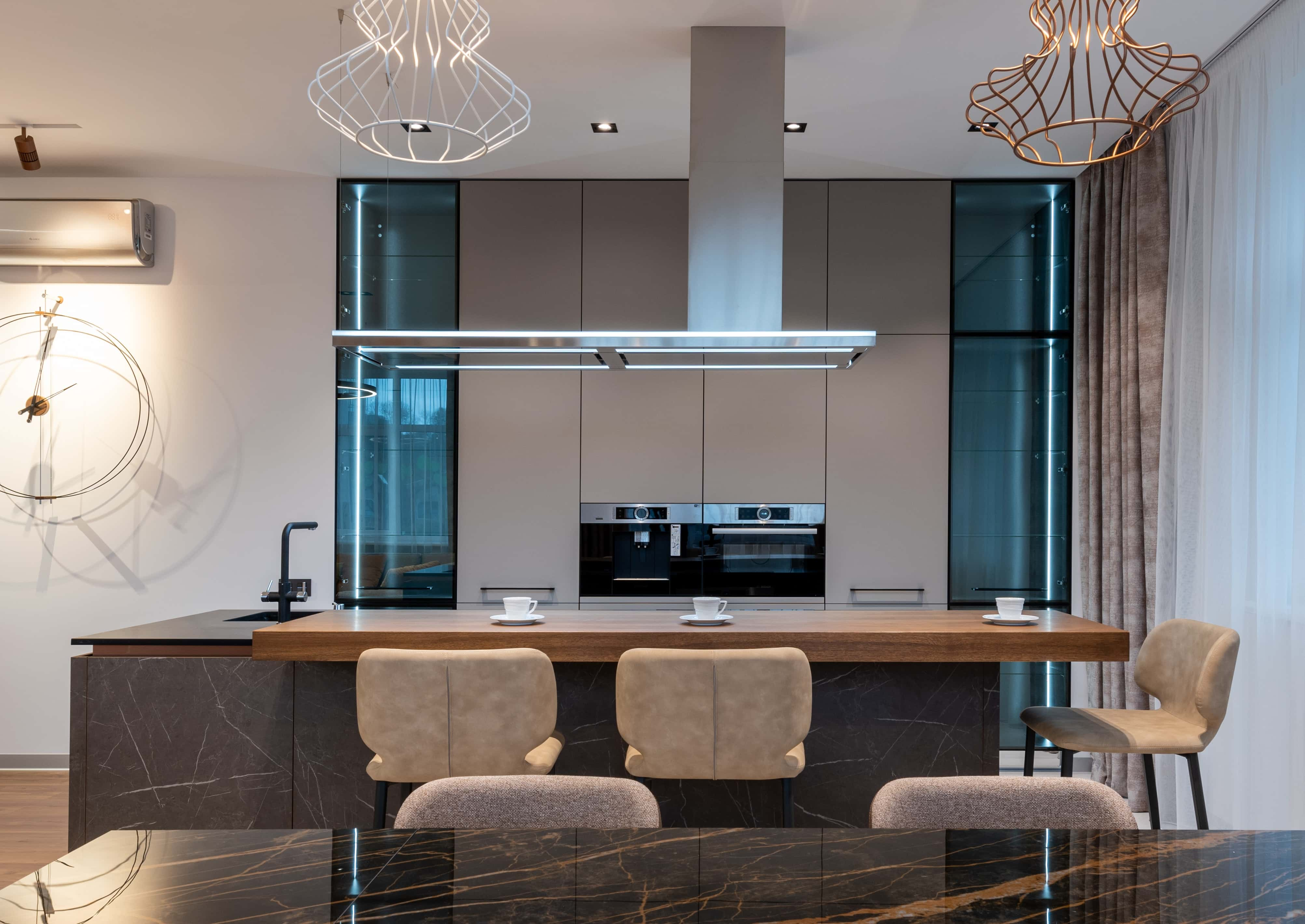 A smart home kitchen with smart lighting
