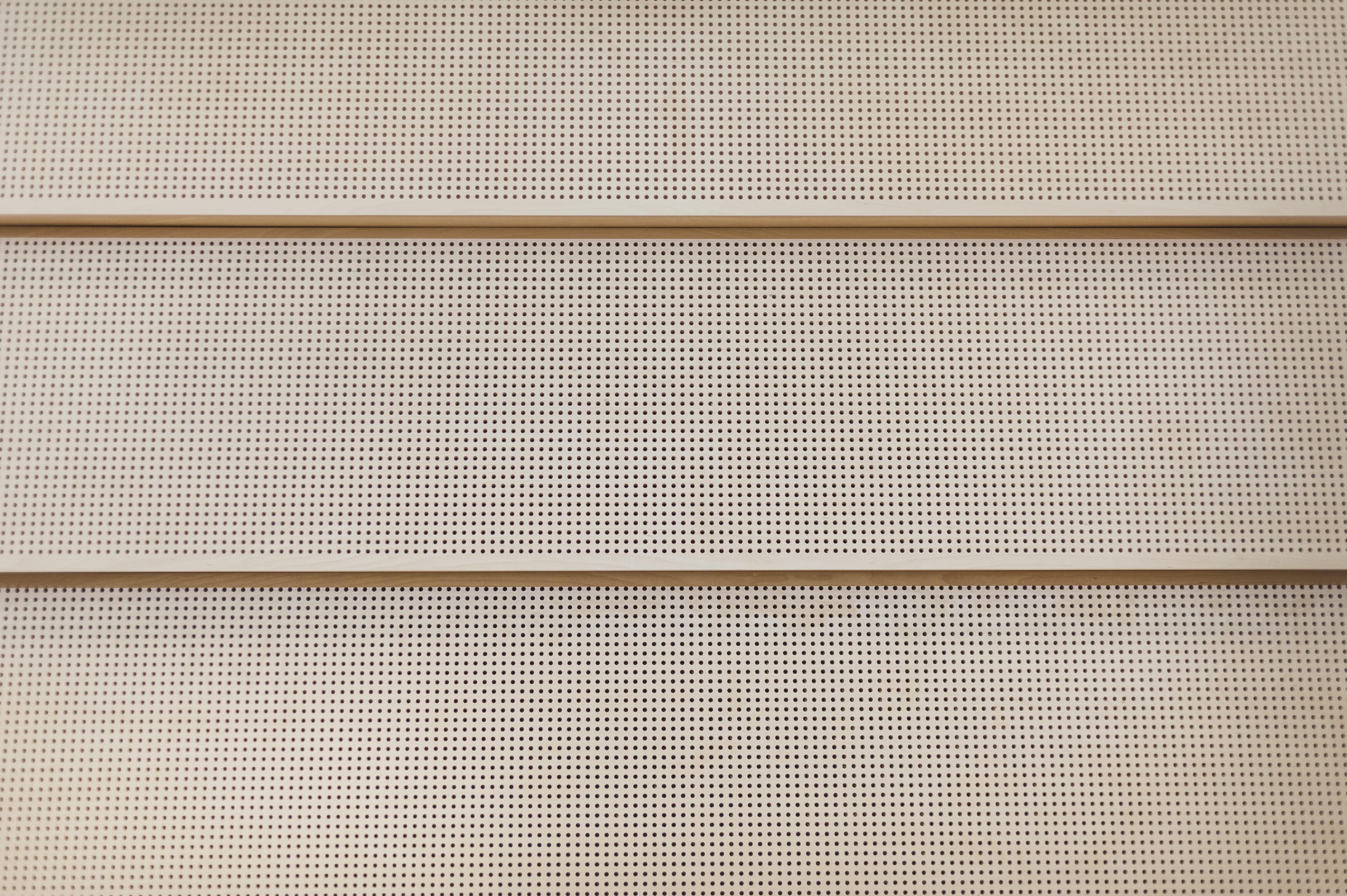 Panele akustyczne perforowane pochłaniające