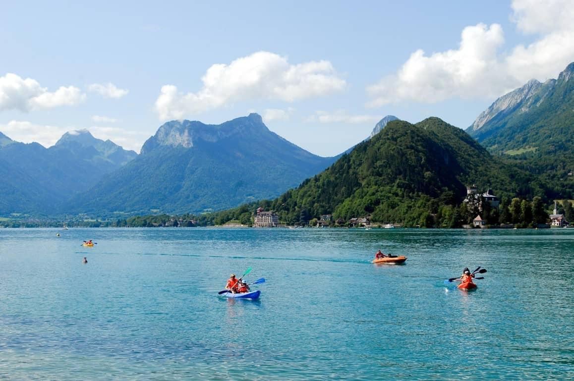 Canoe sur le lac d'Annecy