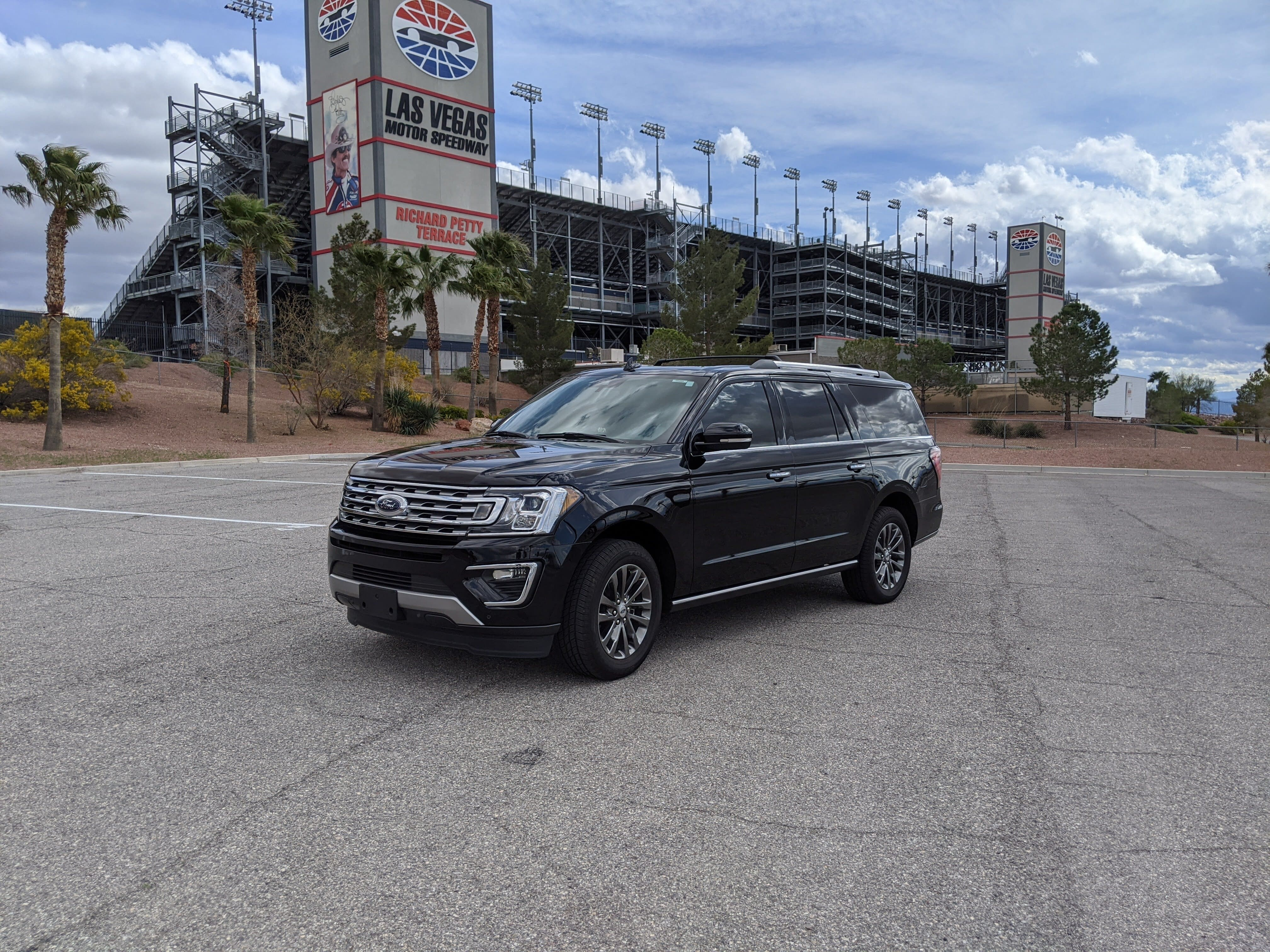 2020 Ford Expedition at Las Vegas Motor Speedway