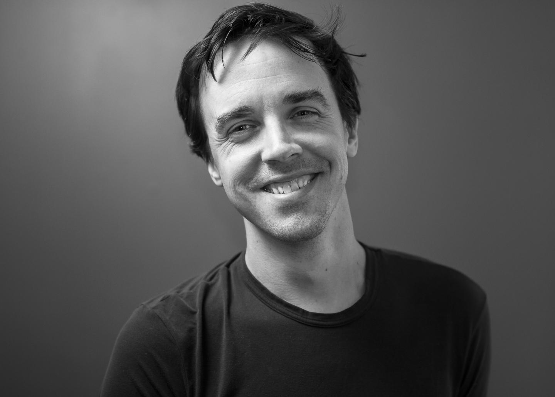 Black and white headshot of Jeff MacInnes