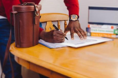 estudiantes extranjeros permiso trabajo