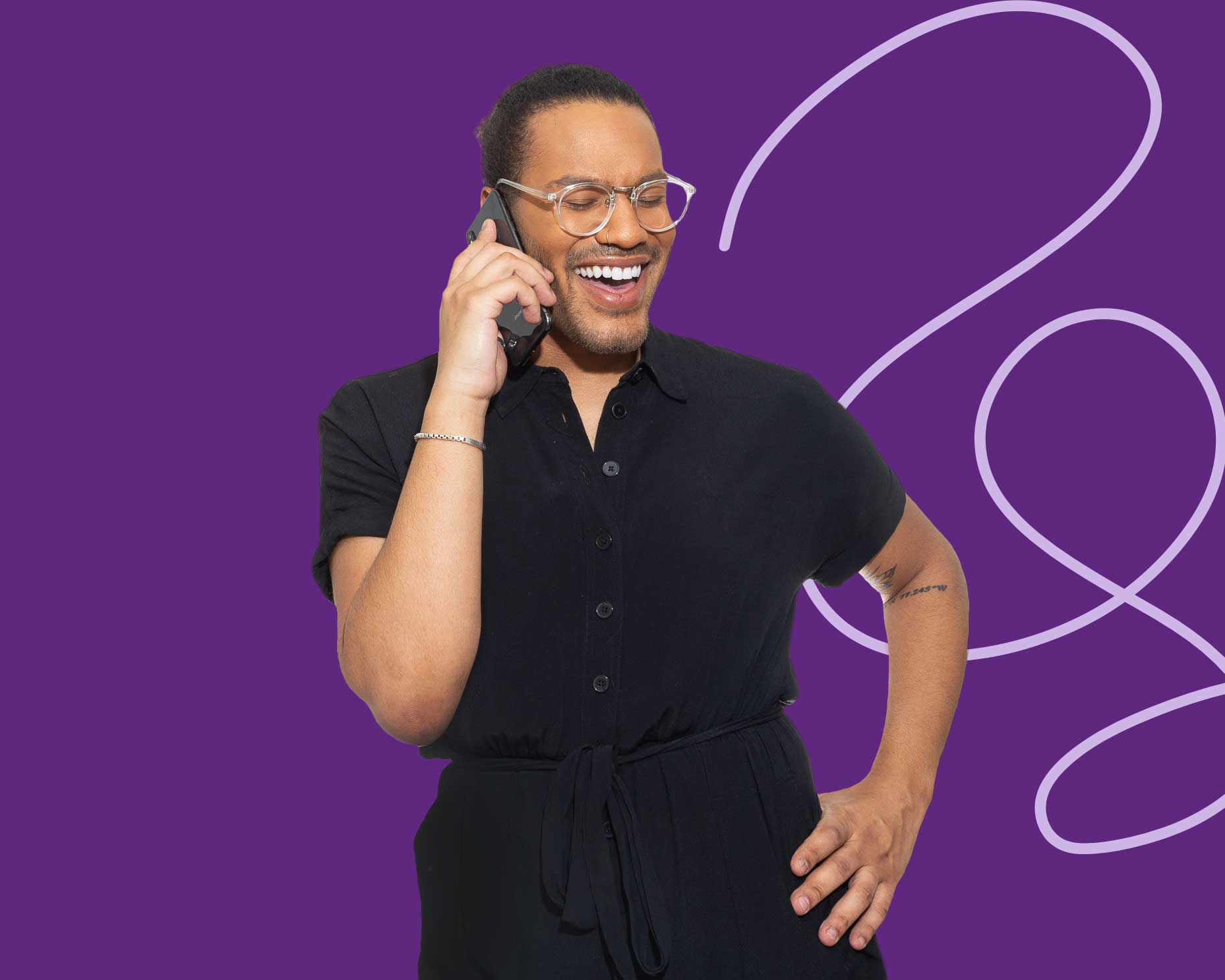 queer model on the phone purple background