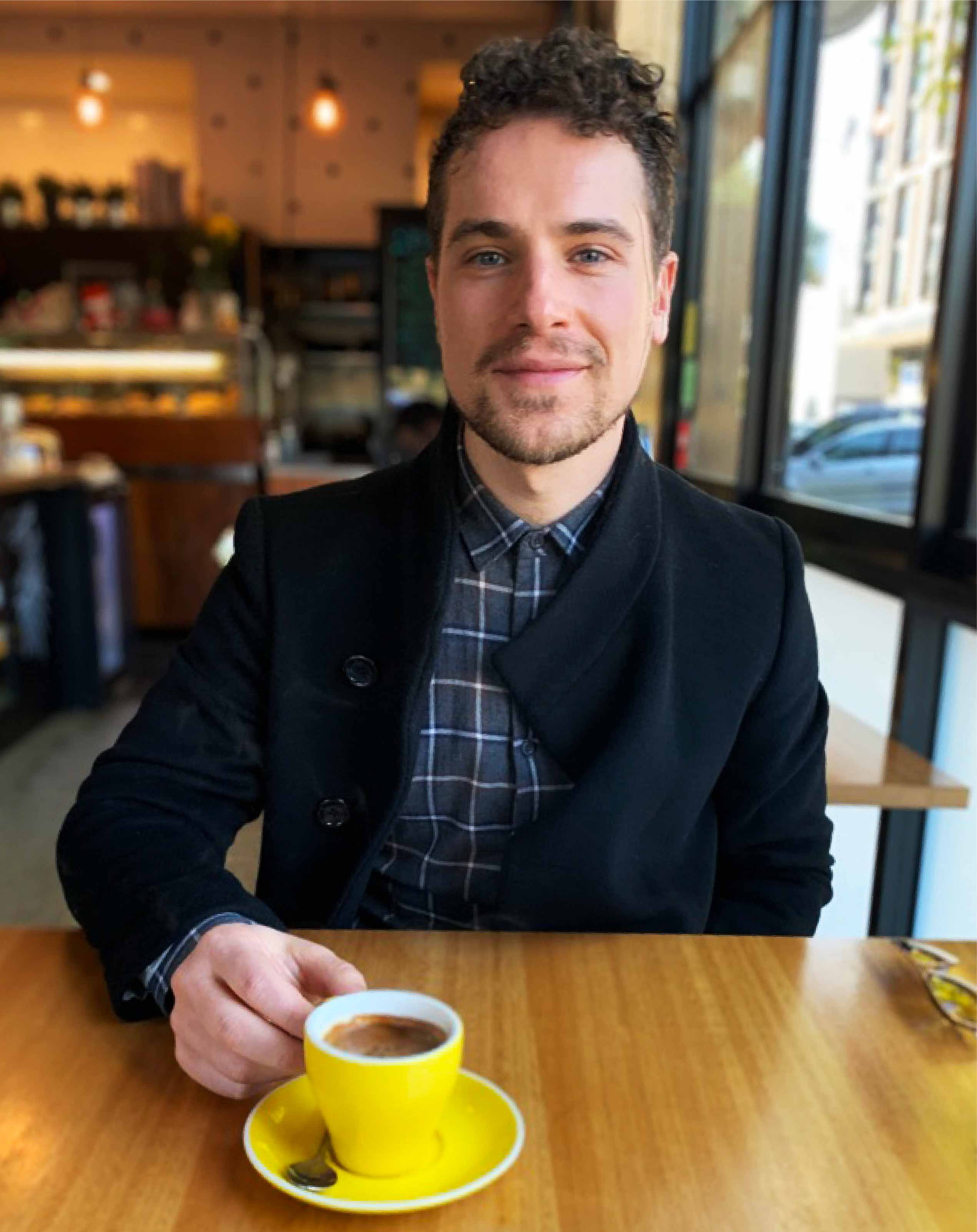 Louis Lucente – Melbourne Copywriter who lives on black coffee.