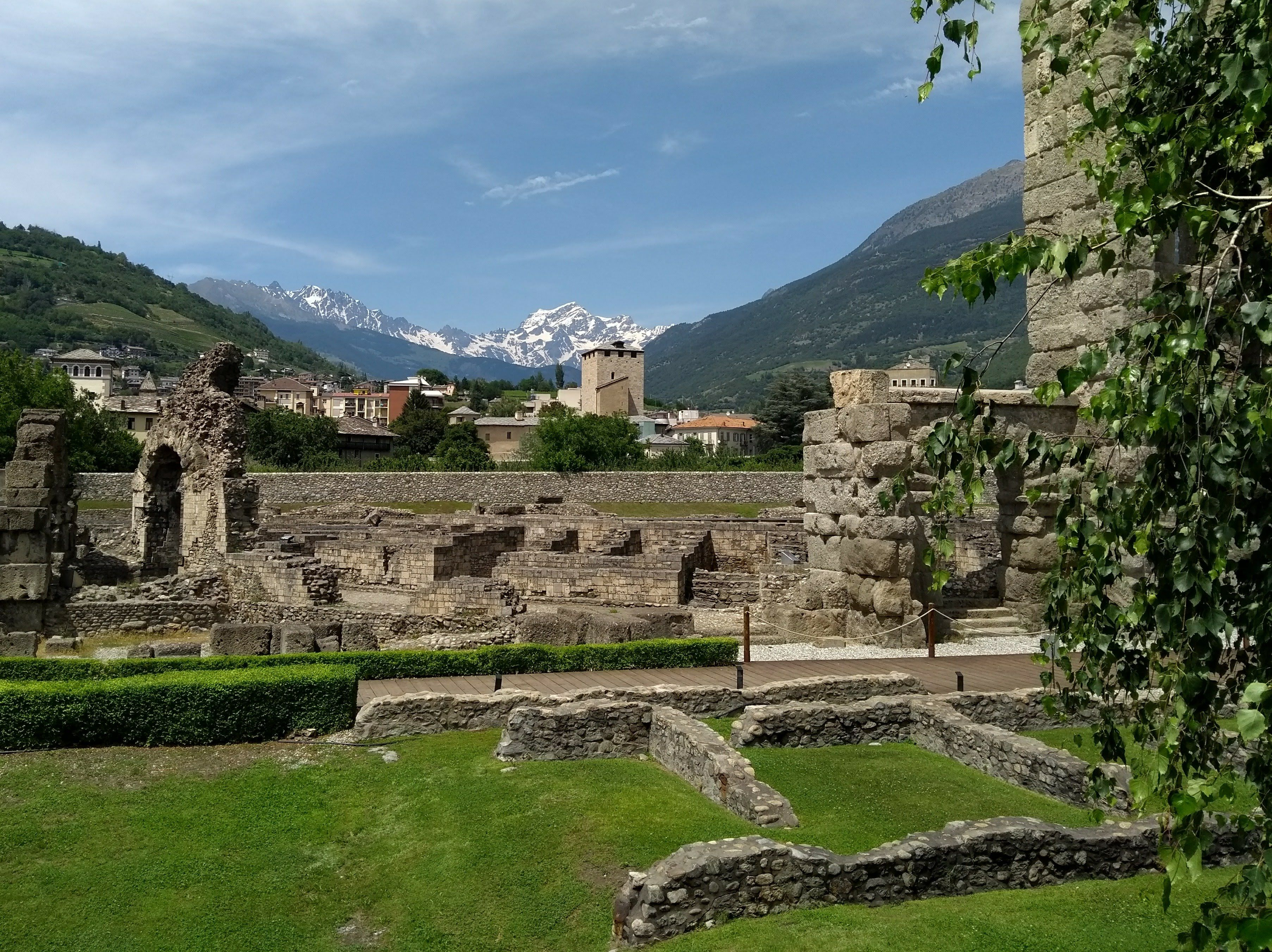 aosta valley roman ruins tour