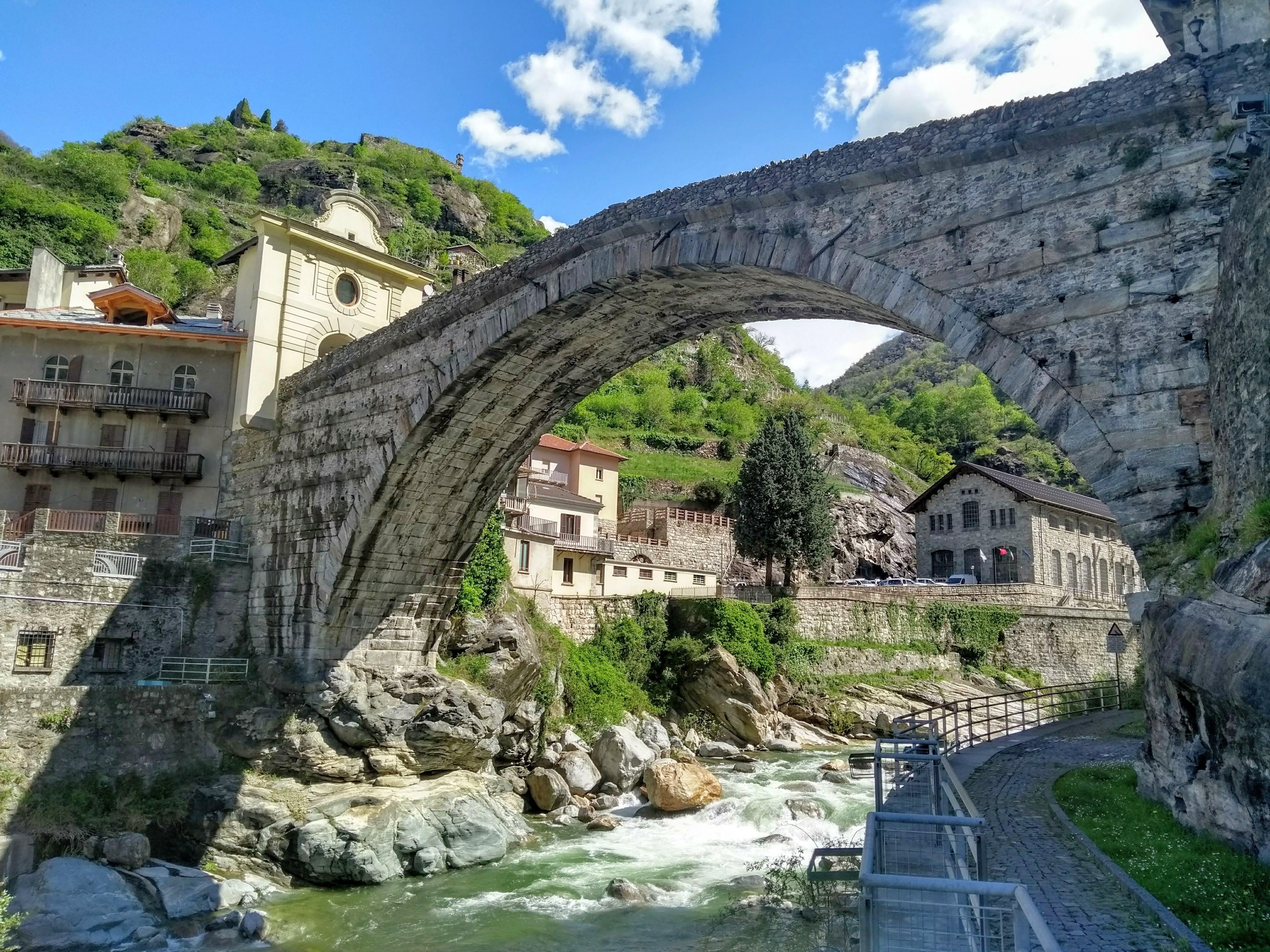 Aosta old town walking tour