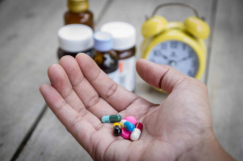 Bị á sừng uống thuốc gì để nhanh khỏi?