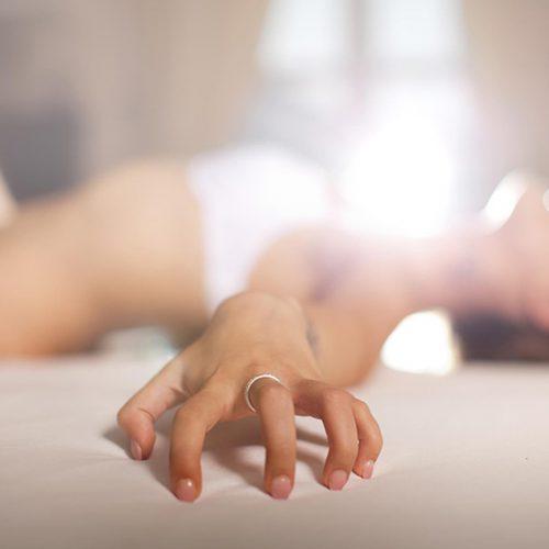 [Bật mí] Top 10 nước hoa kích dục nữ an toàn và hiệu quả cho nàng