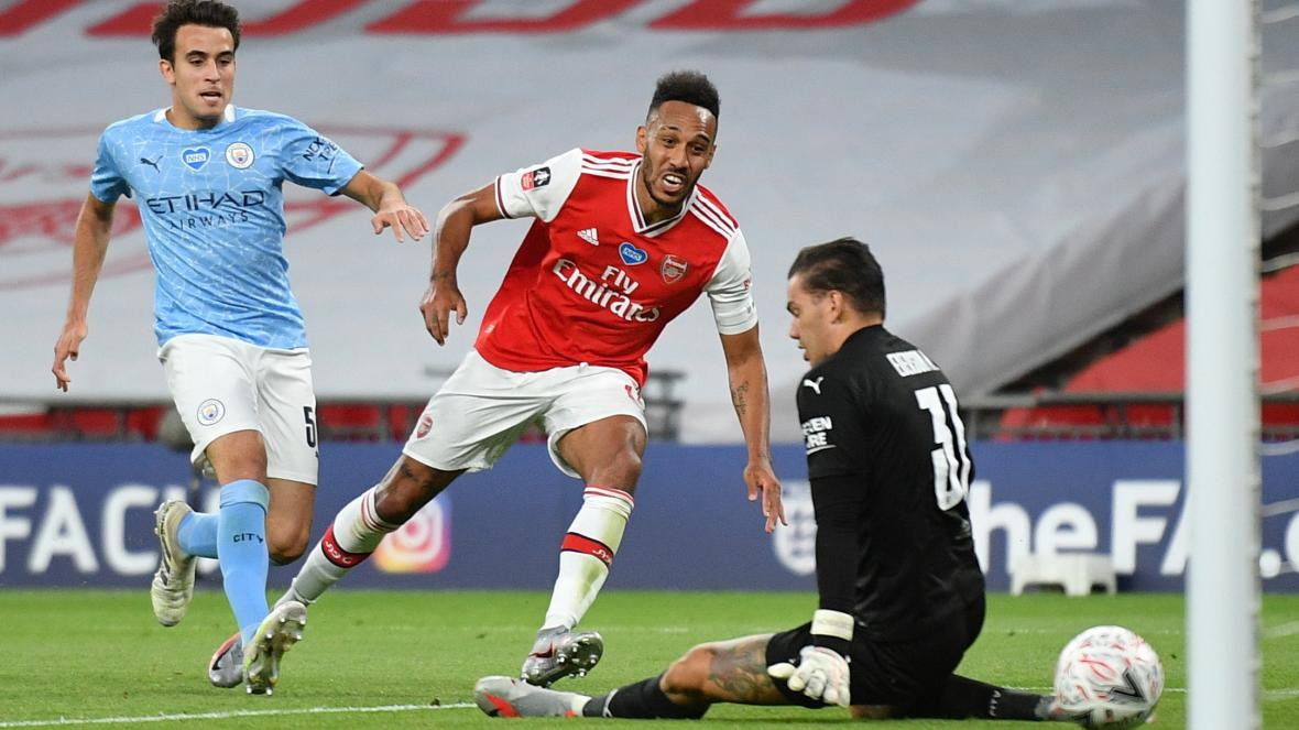 Aubamenyang finishes of City to send Arsenal to the FA cup final