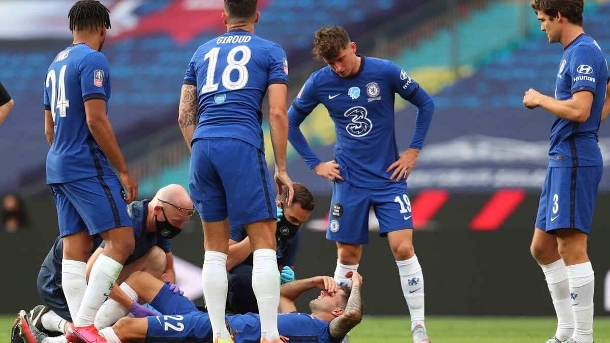 Medical team attends to injured christian pulisic in FA cup final