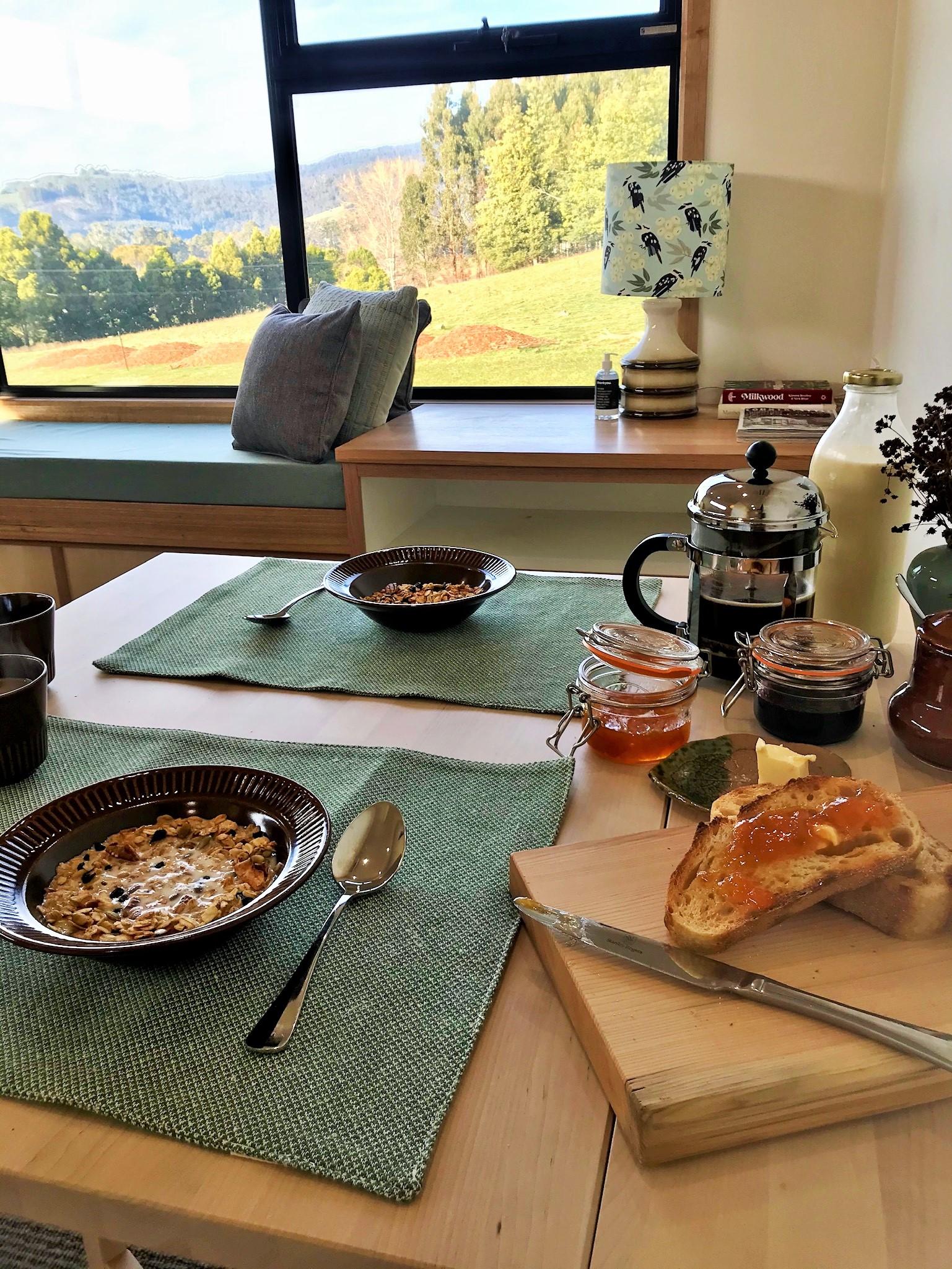 seasonal local breakfast for 2