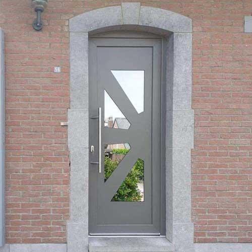 Porte entrée aluminium gris et vitres réfléchissantes