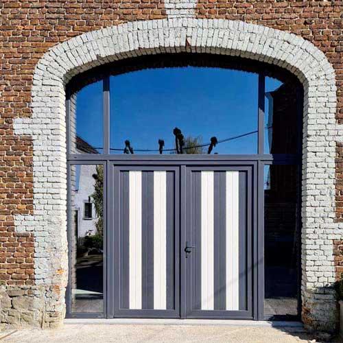 Renovation porte aluminium noir et blanc