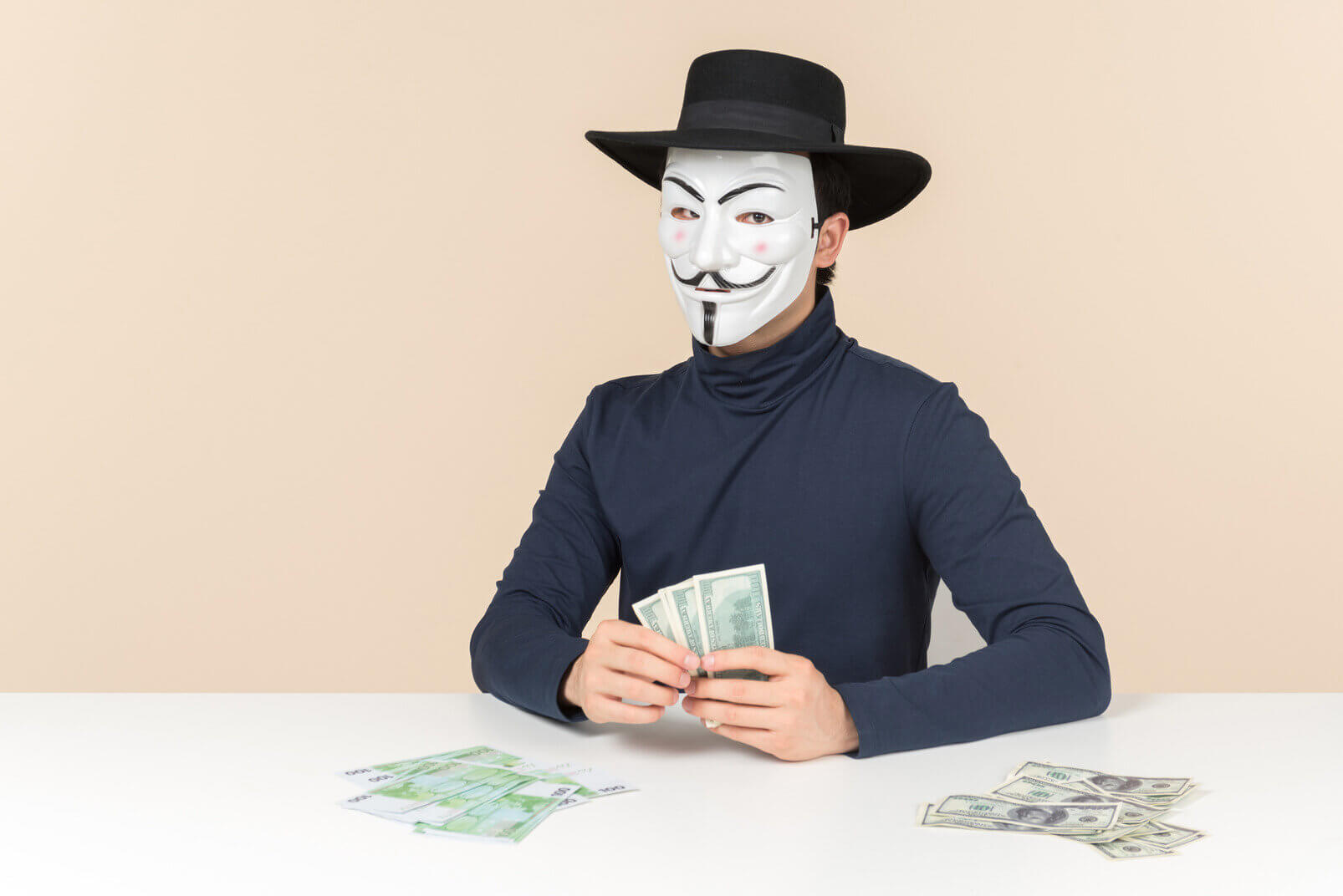 5 reasons why online students get scammed