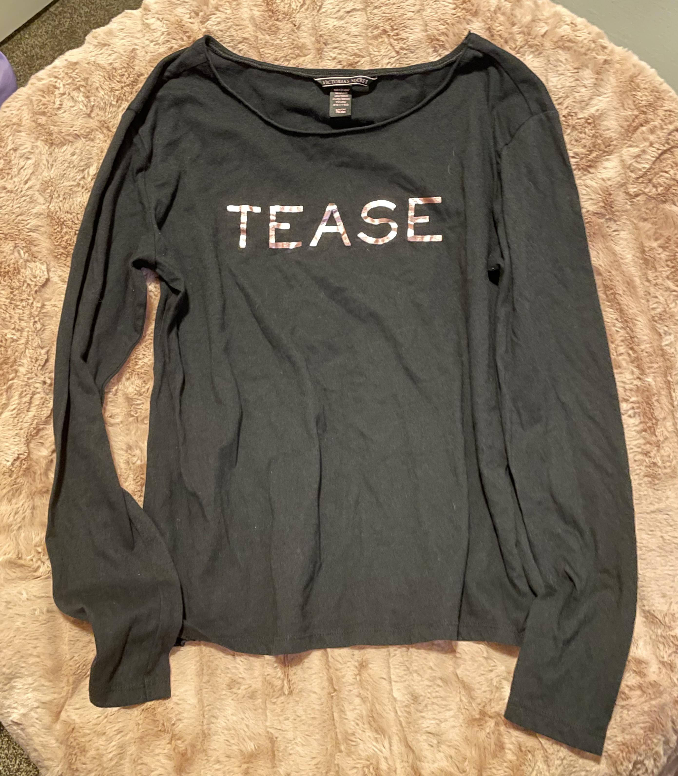 Victorias Secret   VS Tease Graphic Tee   Black Long Sleeve Women's Small Shirt