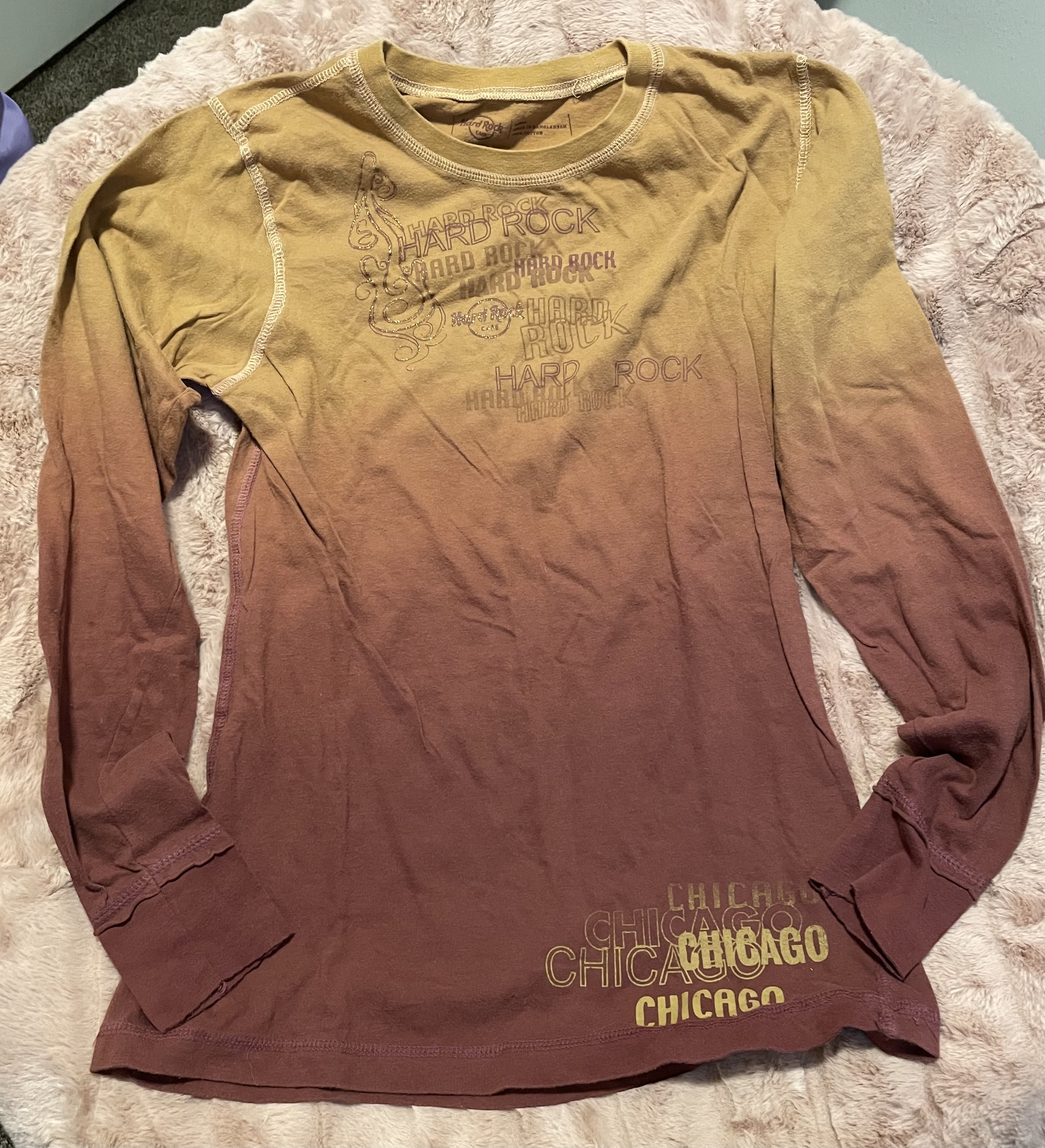 Hard Rock Cafe   Long Sleeve Yellow, Orange, Brown Ombre   Chicago Shirt   Y2K Cyber Aesthetic    Women's Large Shirt