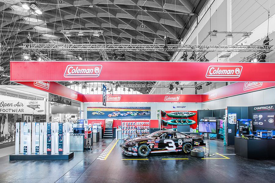 Coleman outdoor gas station Tankstelle Messestand trade fair booth Messe Ausstellung Shop Retail Kongress München design trade fair booth