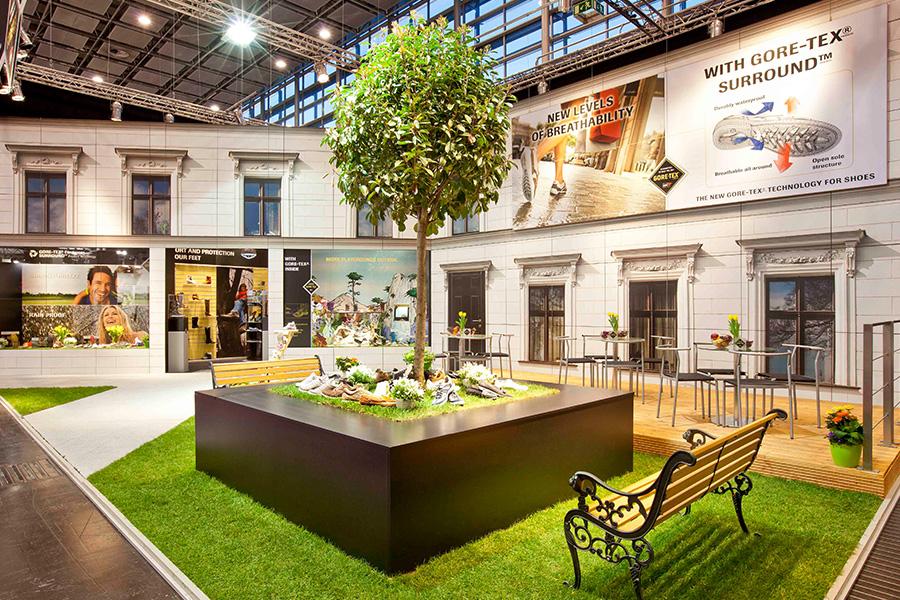 gore tex Schuhe shoes Messestand trade fair booth Messe Ausstellung Shop Retail Kongress München design trade fair booth