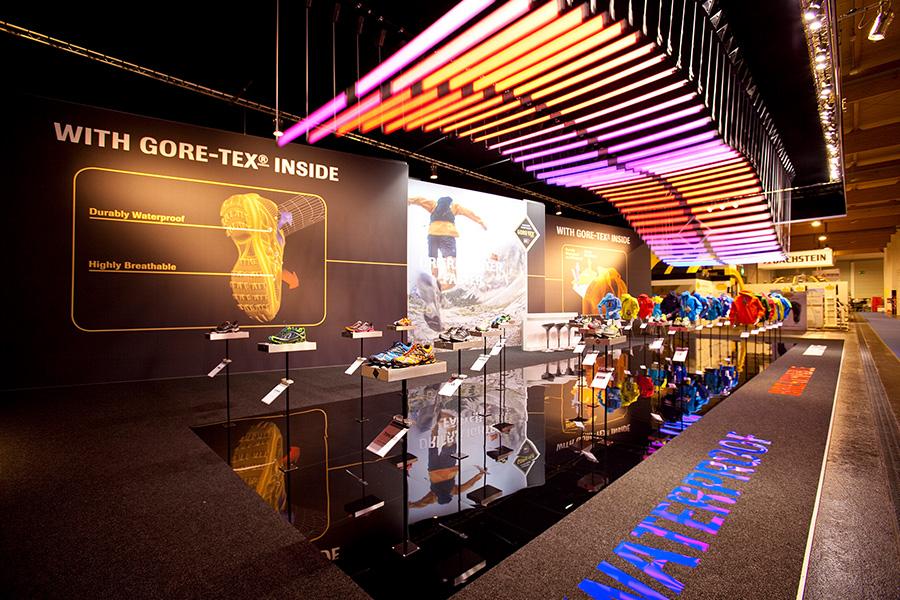 Gore Tex Ispo led lights moving Messestand trade fair booth Messe Ausstellung Shop Retail Kongress München design trade fair booth