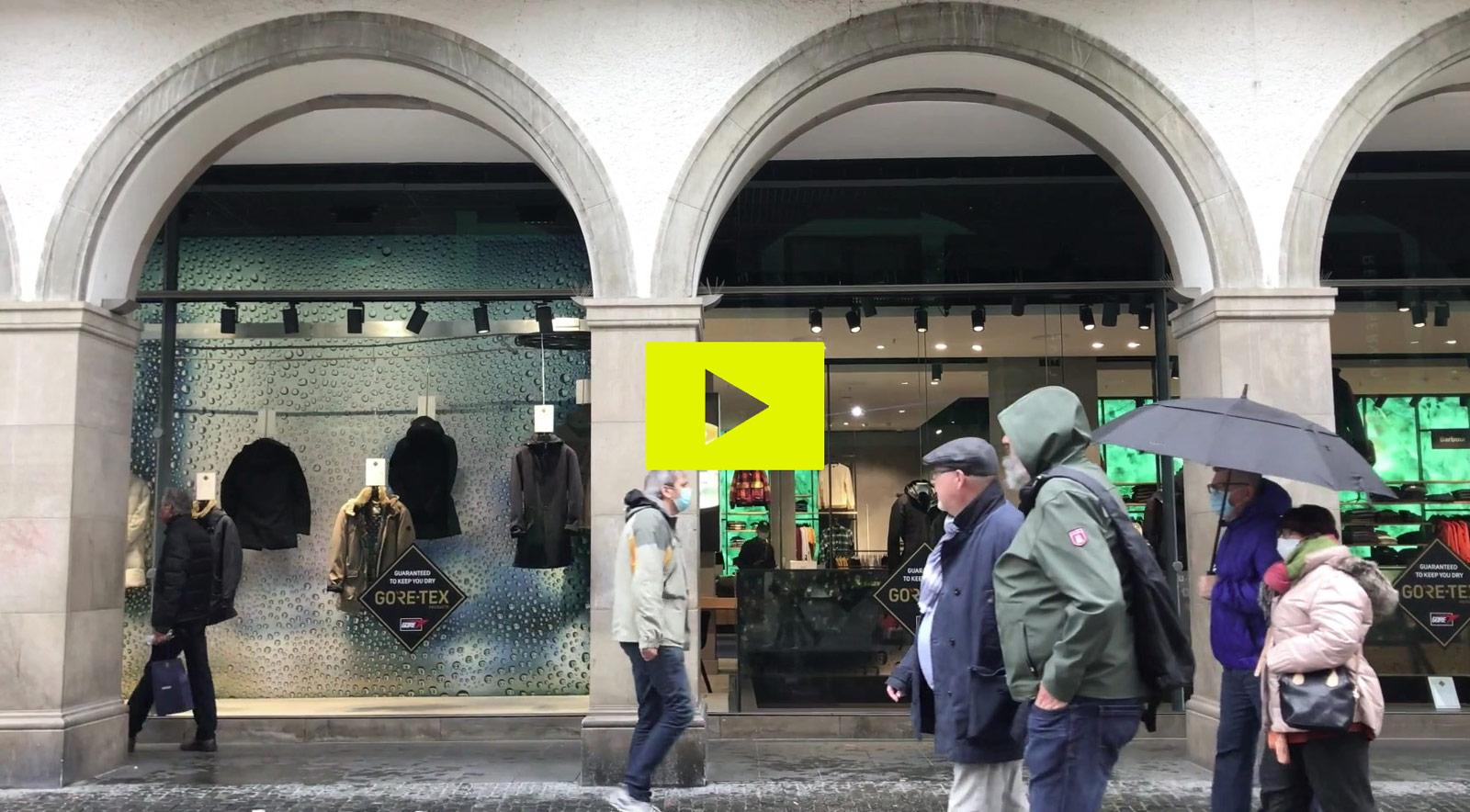 gore tex jackets waterproof wasserdicht shopwindow design retail shop window munich