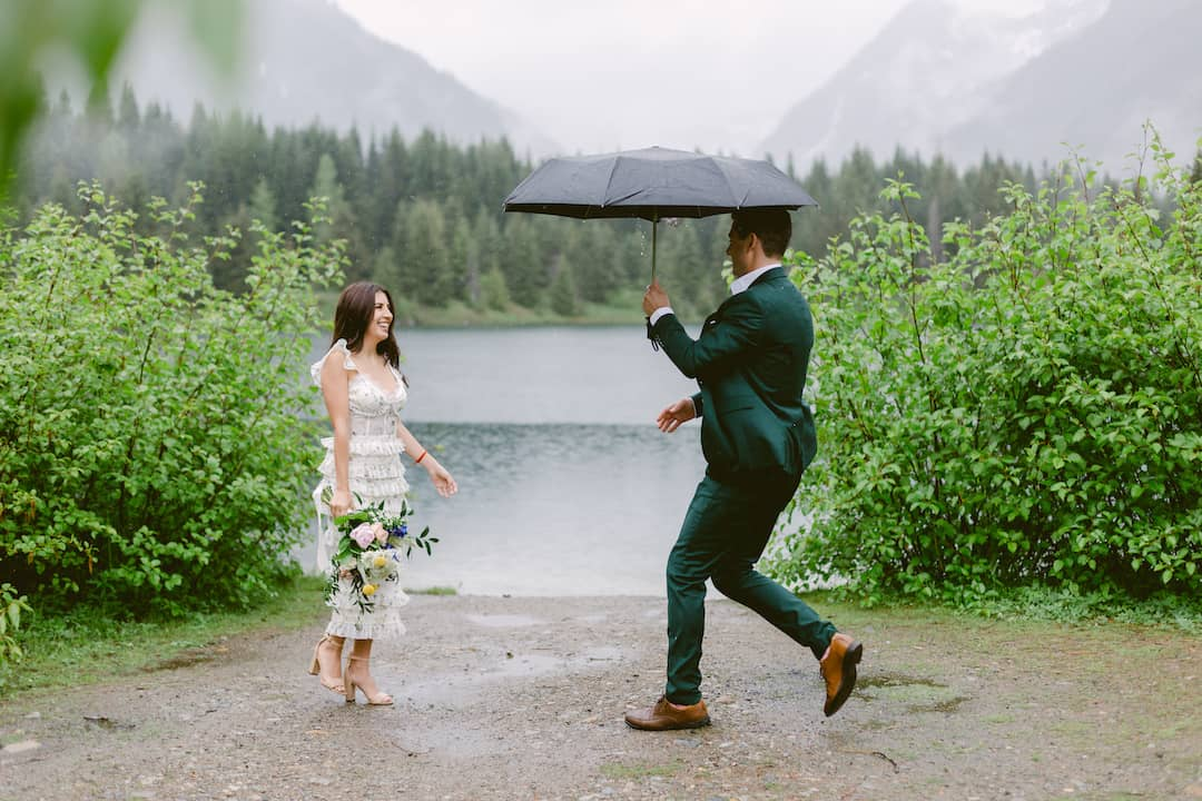 Washington adventure elopement
